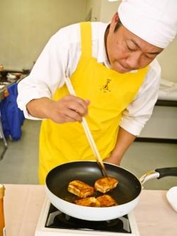 雲丹醤油磯辺餅友枝課長料理の図